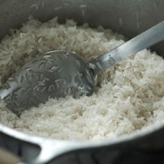 Fritando o arroz