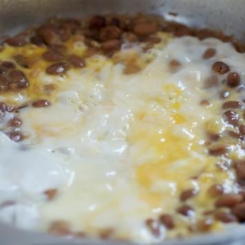 Ponto do ovo: hora de misturar