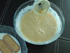 Misture doce de leite e creme de leite