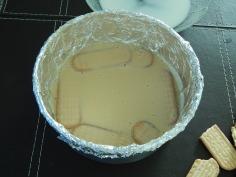 1a camada biscoito- 2a. camada creme
