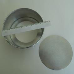 Forma de 18 cm. com fundo solto