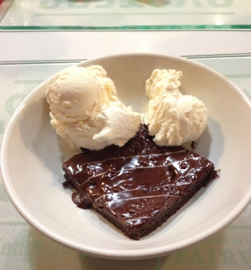 Brownie com sorvete