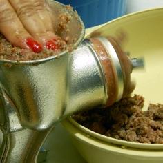 Moa junto a carne e o trigo
