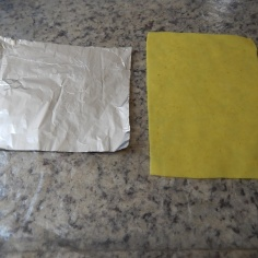 Papel alumínio e lâmina de pasta