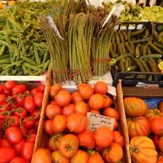 e mais tomates