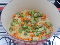 Junte os legumes duros