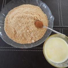 junte manteiga e canela