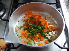 Passe os legumes no azeite