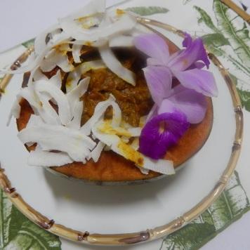 Camarão no coco feito em casa