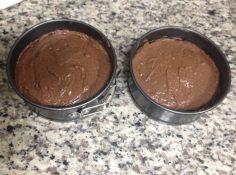 cubra com o chocolate cremoso